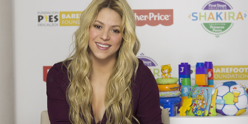 fisher-price-shakira-barefood